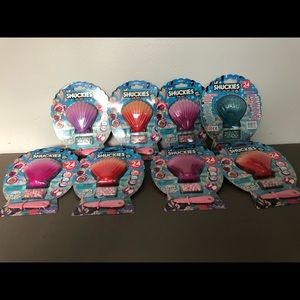 COPY - Set of 8 Lil Shuckies Pearl Party New